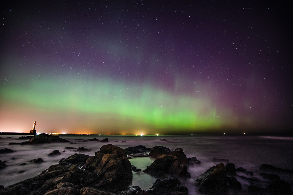 Aberdeen Harbour - Aurora borealis in Scotland