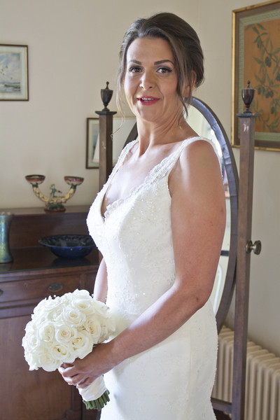 - Wedding & Portrait Images