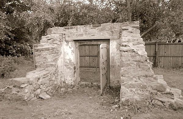 YNYSYMAENGWYN, Tywyn, Merioneth 2000