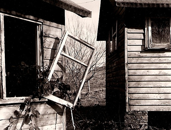 CUB SCOUT HUTS, Devil's Bridge 2005 - OTHER WELSH RUINS