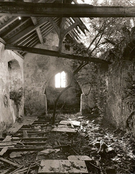 MOUNTON CHAPEL, Canaston Woods, Pembrokeshire 2010 - OTHER WELSH RUINS