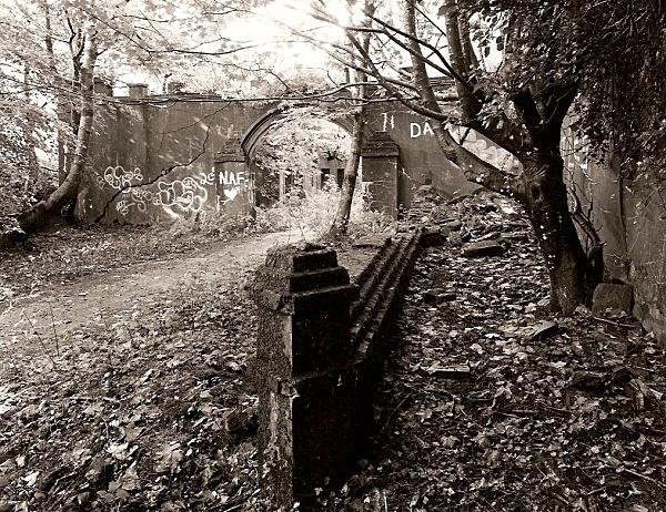 TALYSARN HALL or PLAS DOROTHEA, Nantlle Valley, Caernarvonshire 2009