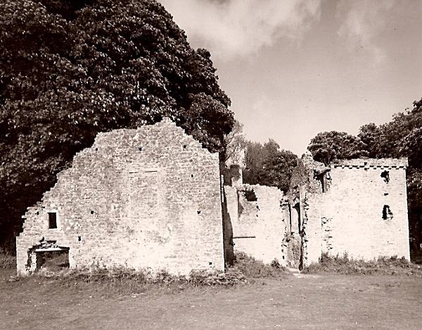 CANDLESTON CASTLE, Merthyr Mawr, Glamorgan 2009