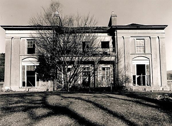 NEUADD FAWR, Cil-y-Cwm, Carmarthenshire 201 - CARMARTHENSHIRE