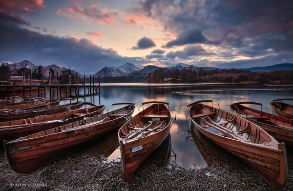 Derwent Water - Ardal Y Llynnoedd / The Lake District