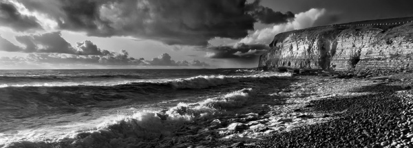 Southerndown Panoramic - Du a Gwyn / Black and White Images