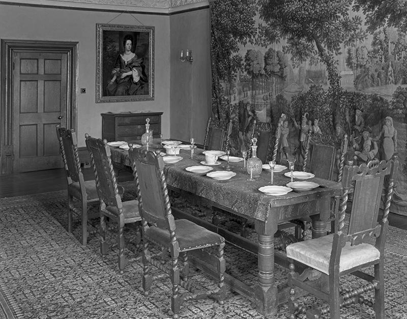 2325 - Chastleton House - Great Parlour - Chastleton House - National Trust