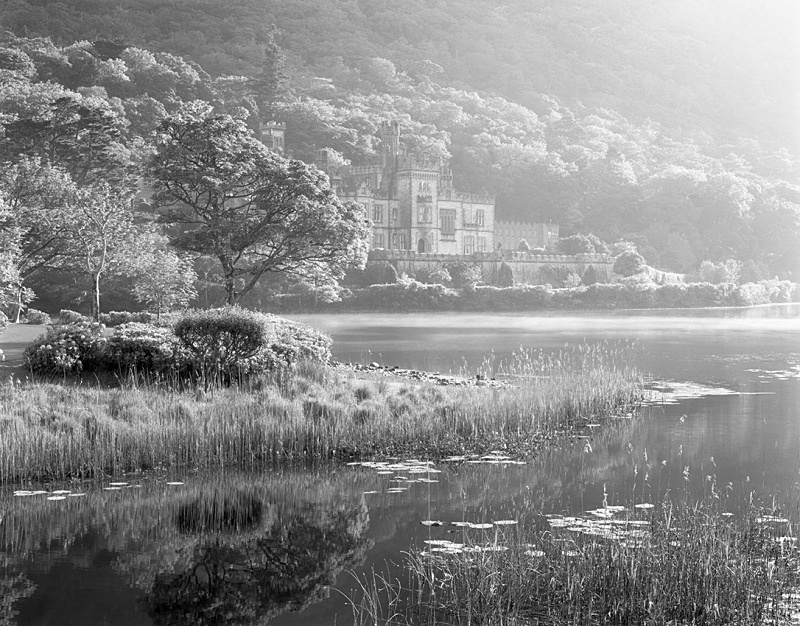 1234 - Kylemore Abbey Sunrise 3 - Images from Ireland