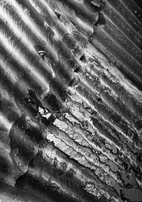 2276 - Ironbridge - Rusty Corrugated Iron - Images from England