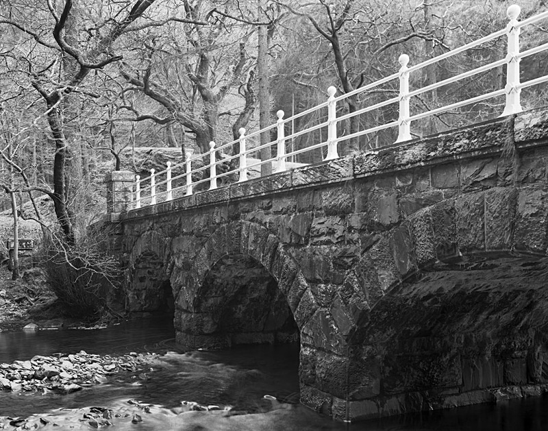 1999 - Lake Vyrnwy Bridge - Images from Wales