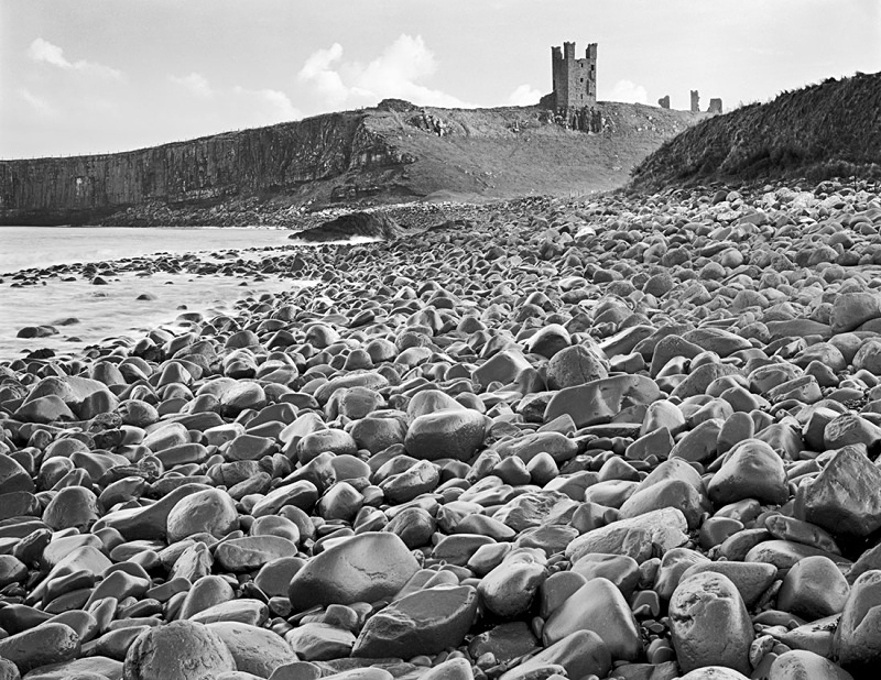 0615 - Dunstanburgh Black Rocks - Images from England