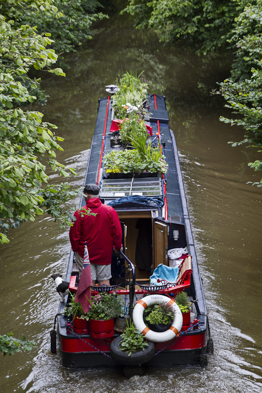Red Bargee - Worcester Birmingham Canal
