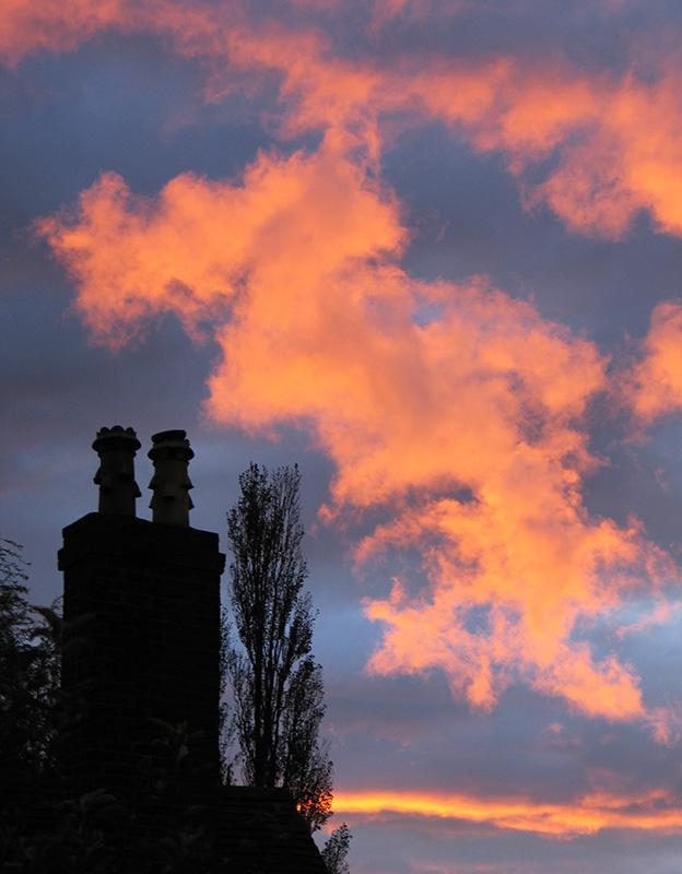 Chimney Cloud - Clouds & Skies