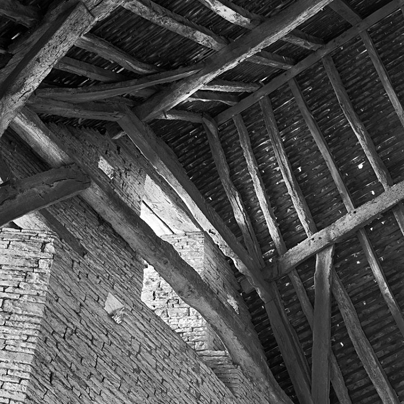 1408 - Middle Littleton Tithe Barn 2 - Barns & Buildings