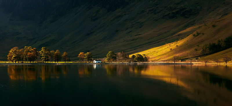 Buttermere white hut, Lake District. - Lake District & Cumbria