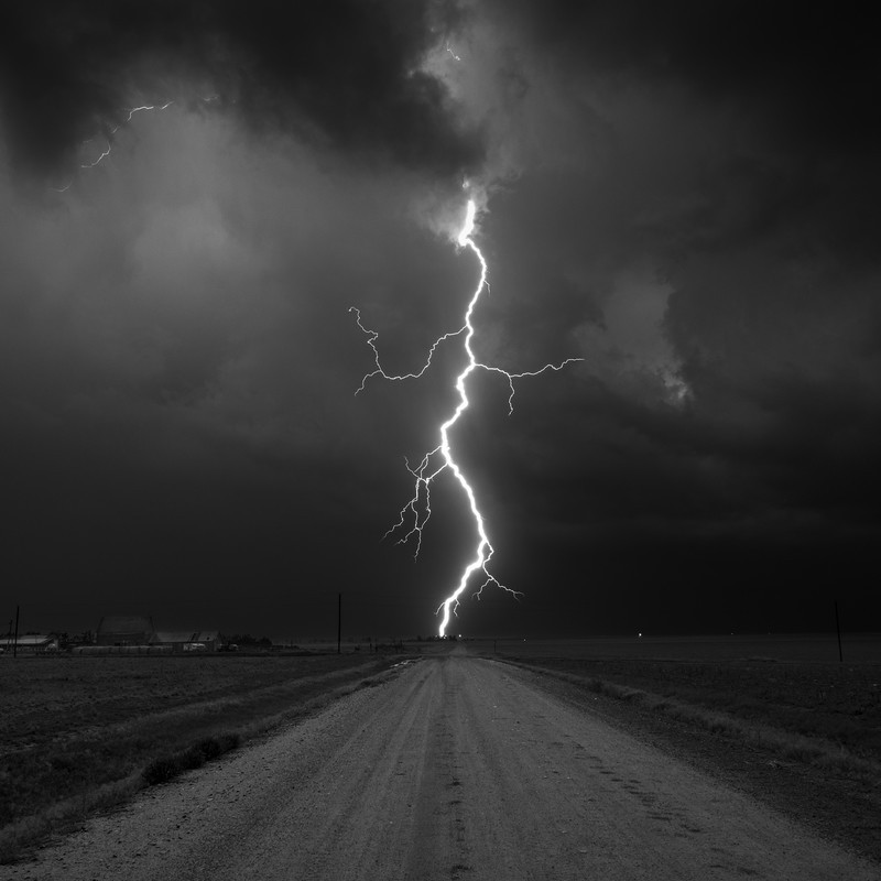 Kanorado Lightning Kansas - Black-and-white