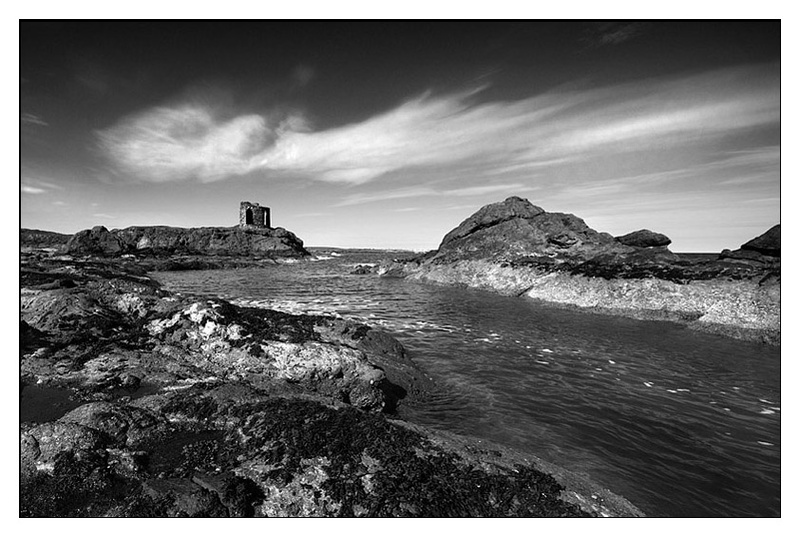 Elie in Mono - Monochrome Images