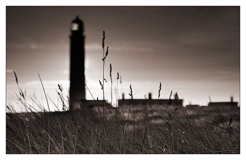 Barnsness Lighthouse - Monochrome Images