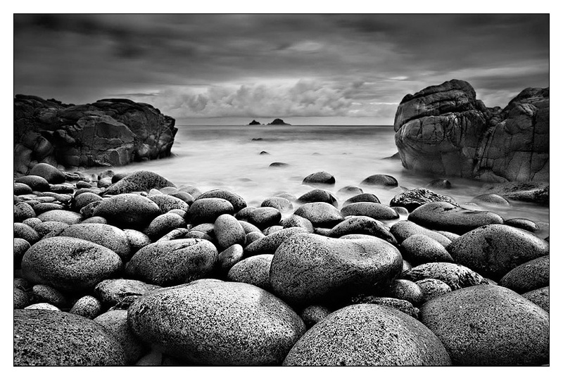 Porth Nanven - Monochrome Images