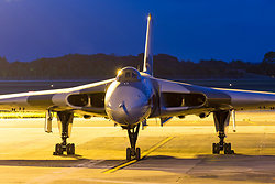 'Left Out in The Cold', Vulcan XH558_9406