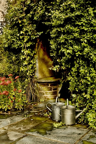 Watering Cans - Gardens