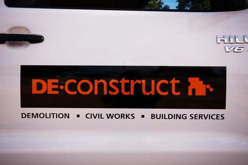- DE-CONSTRUCT