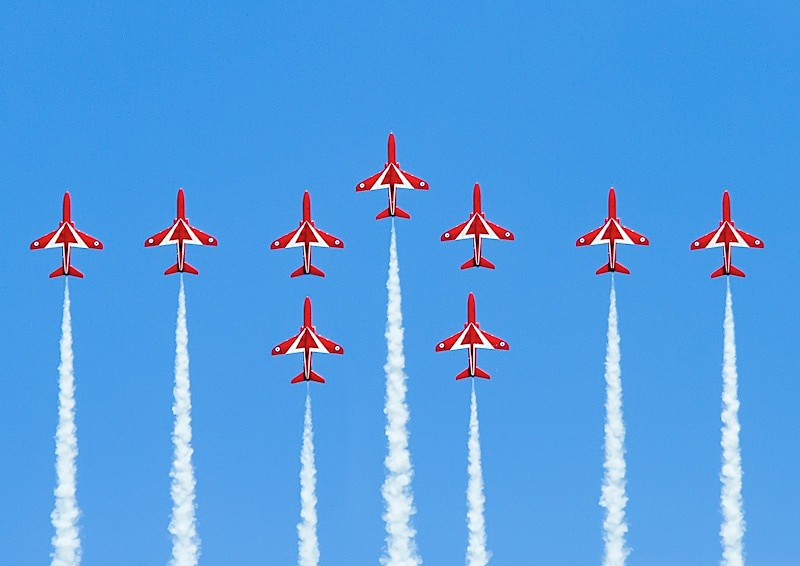001 - Red Arrows Display
