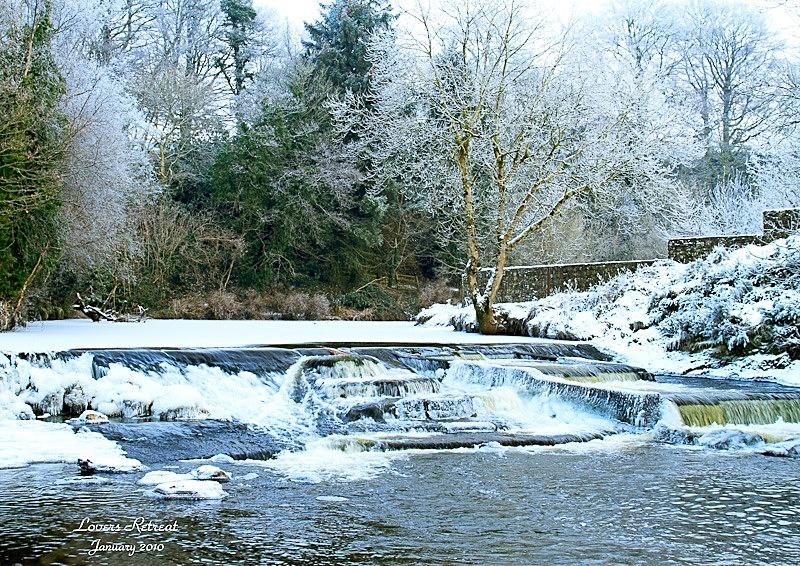Lovers Retreat Frozen - Local Scenes