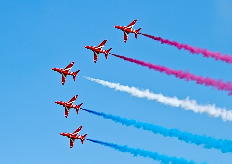 007 - Red Arrows Display