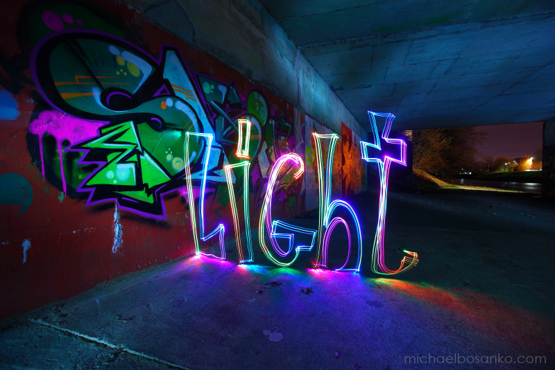 Light - Font/Logo