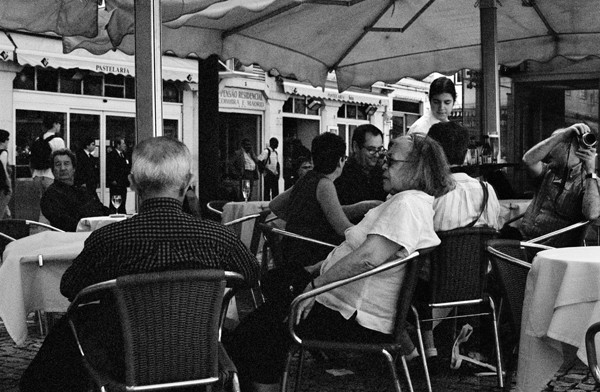 Outdoor Cafe (Lisbon) - People