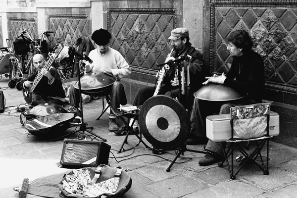 Street Musicians (Barcelona) #2 - People