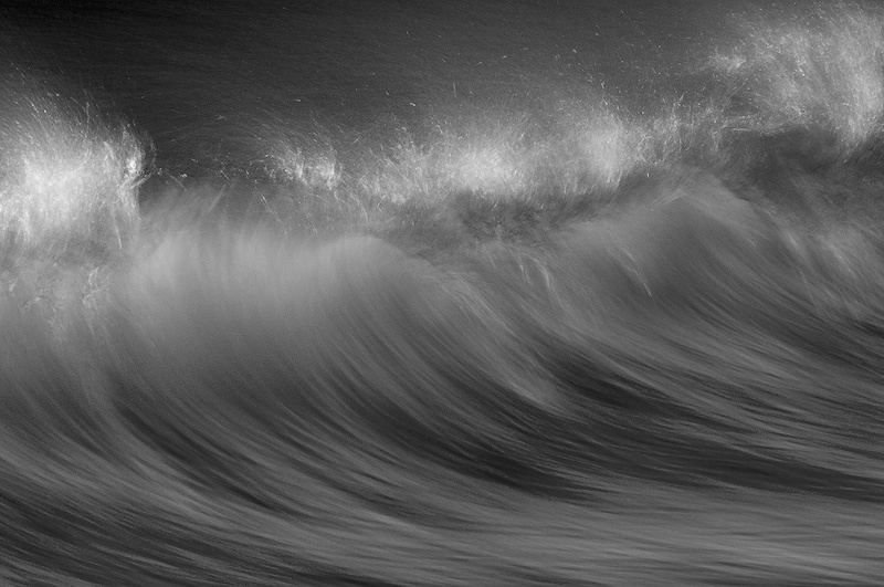 Wave, black and white