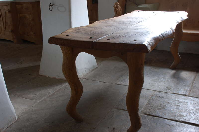 Solid Oak Table, Bespoke Kitchen Cabinets, Bespoke Kitchens Cheshire, Handmade  Kitchens UK, Bespoke Kitchens, Free Standing Kitchens, ...