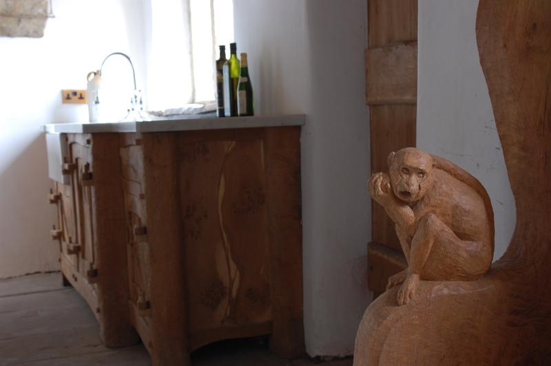 Country Kitchens, Handmade Kitchens, Bespoke Kitchens, Free Standing Kitchens, Oak Kitchens, Handmade Kitchens Cheshire, Bespoke Kitchens London