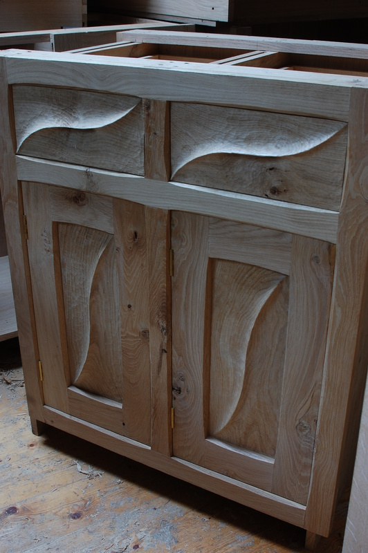 Enchanting Kitchen Furniture, Handmade Kitchens , Made To Measure Kitchens, Bespoke Kitchen Makers, Free Standing Kitchens,Country Kitchens