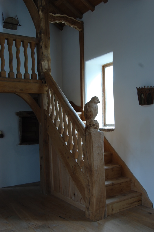English Interiors, Solid Oak Staircases, Bespoke Staircases, Bespoke Specialist Joinery, Hand carved Staircases
