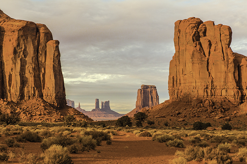Into the Valley - Monument Valley