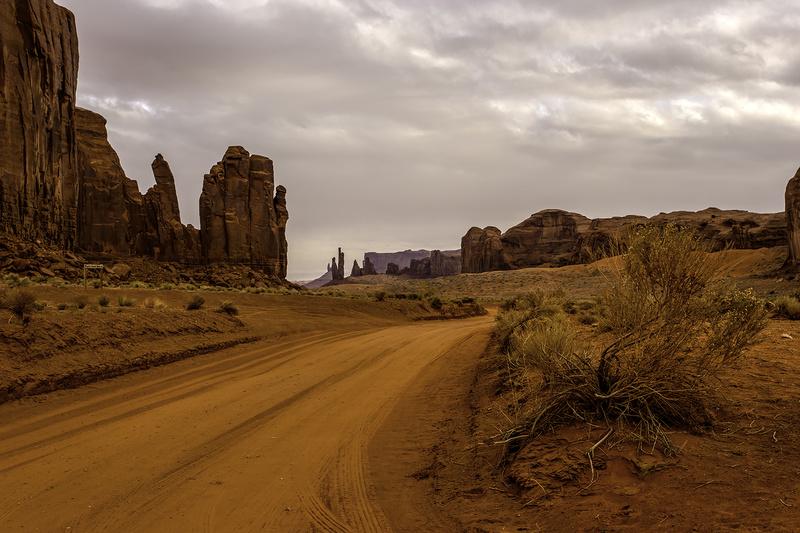 Rain God Mesa Road - Monument Valley