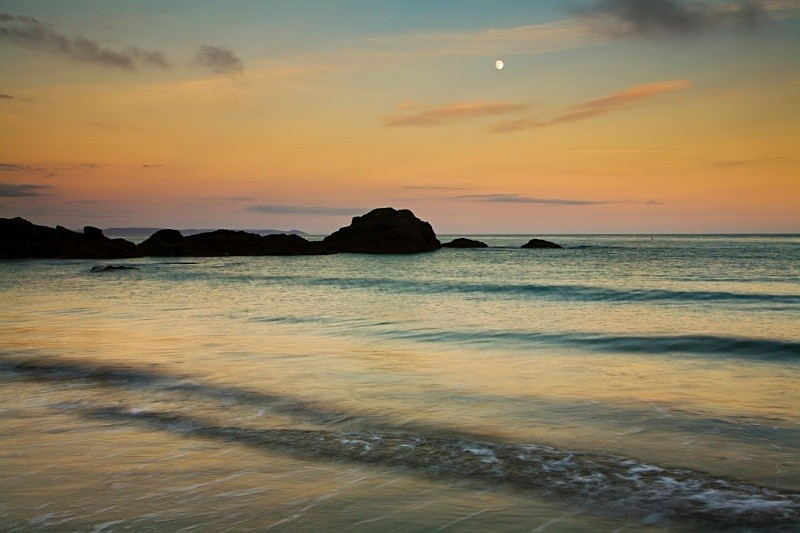 Waxing Moon, setting sun. - CORNWALL
