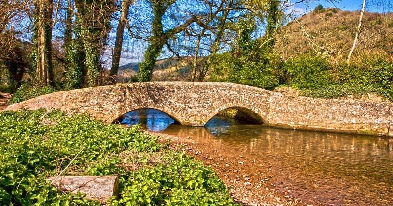 Dunster: The Gallox Bridge - TRAVEL: Exmoor UK