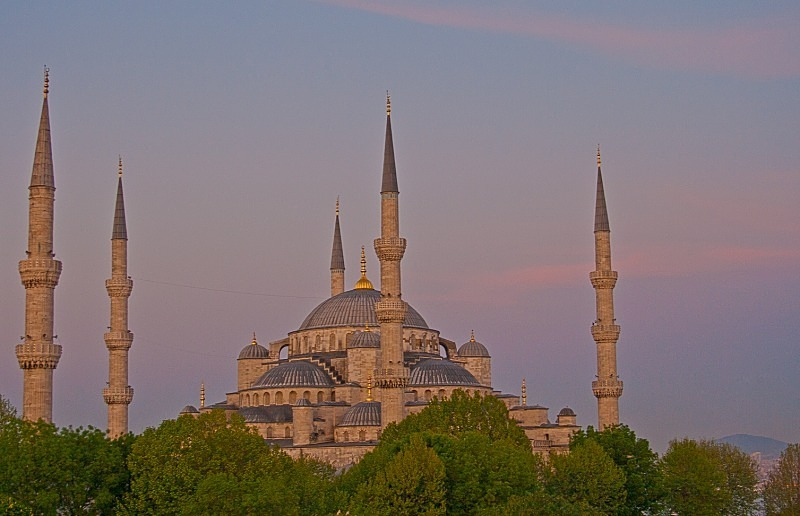 Blue Mosque in pastel colours - TRAVEL PHOTOGRAPHY: TURKEY