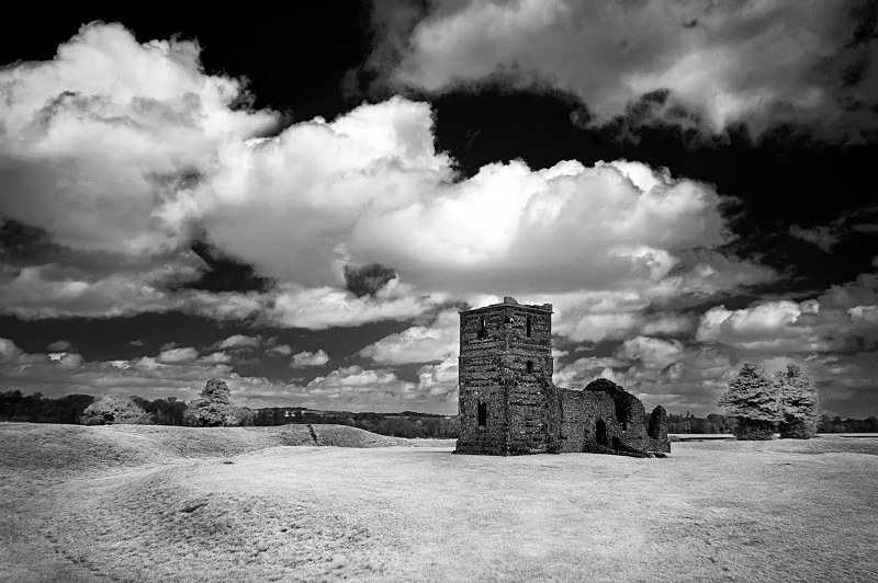 Knowlton church and henge - Infrared