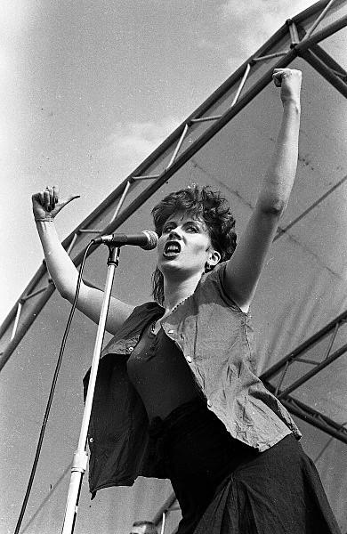 Slane81-041 - 1981 concert at Slane Castle