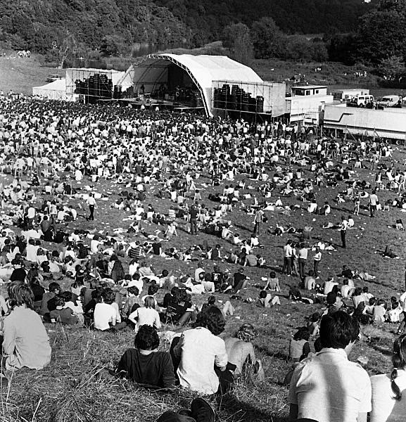Slane81-052 - 1981 concert at Slane Castle