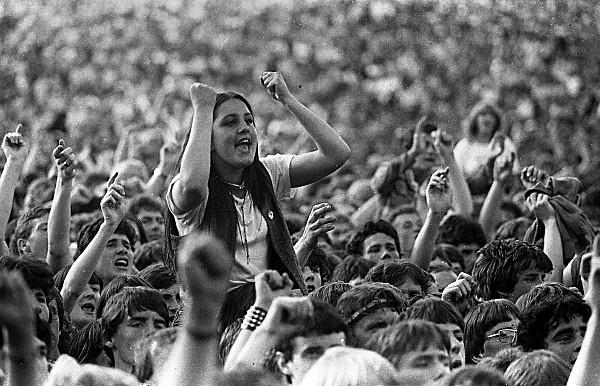 Slane81-053 - 1981 concert at Slane Castle