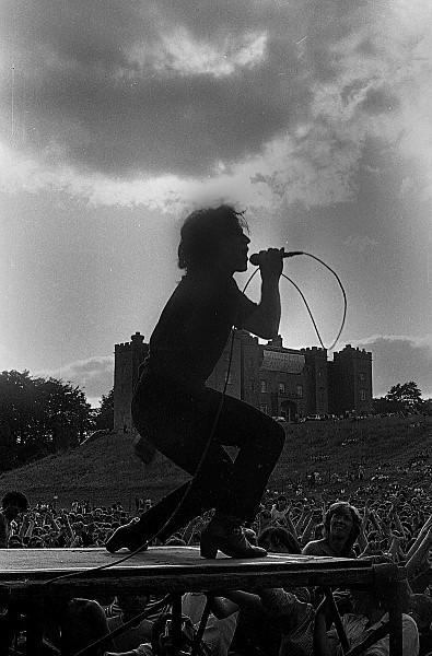 Slane81-016 - 1981 concert at Slane Castle