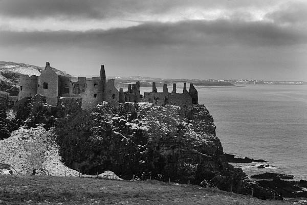 Dunluce Castle 002BW - Landscapes