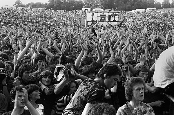 Slane81-009 - 1981 concert at Slane Castle