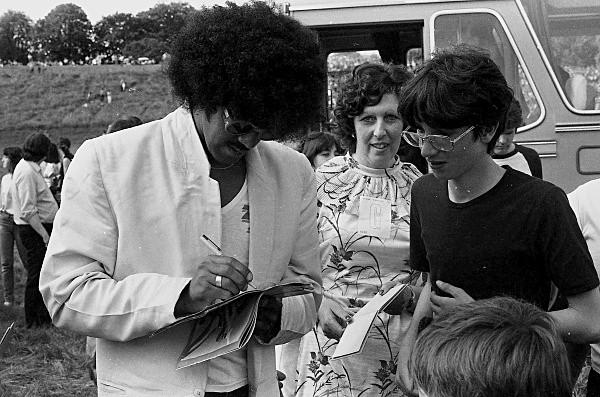 Slane81-005 - 1981 concert at Slane Castle